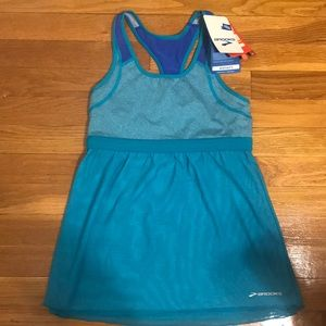 NWT Brooks Athletic Top